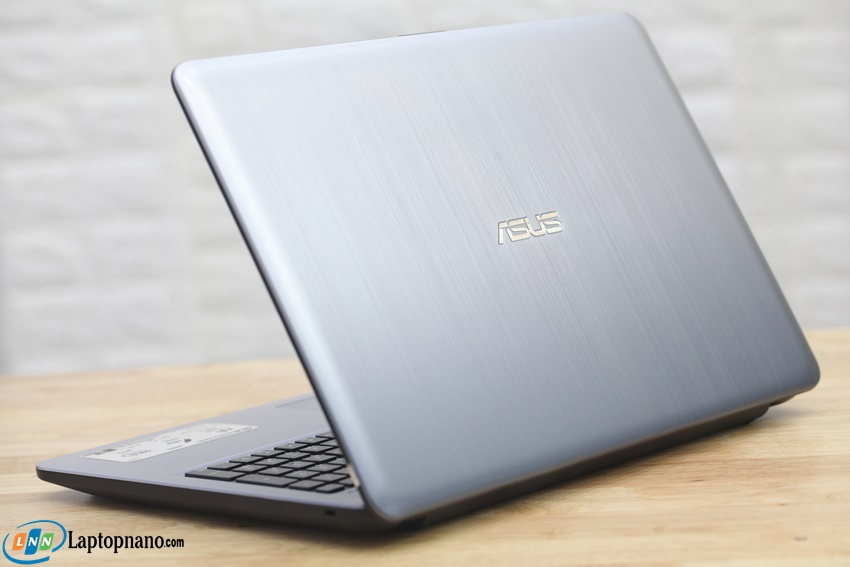 Asus X540UP
