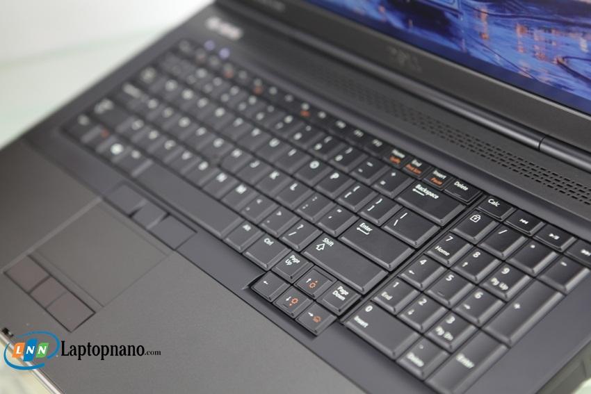 Dell Precision M6700-1