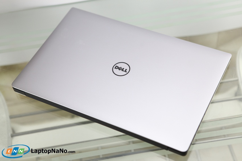 DELL XPS 15 9560-04