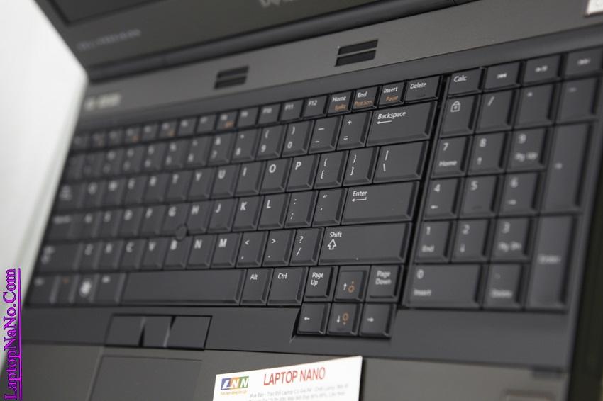 DELL Precision M4600 (Workstation)-1