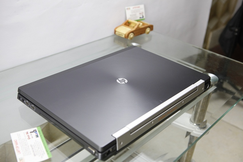 HP ELITEBOOK 8560W-3