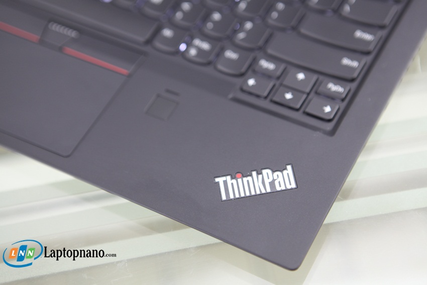 Lenovo ThinkPad X1 Carbon Gen 5-3