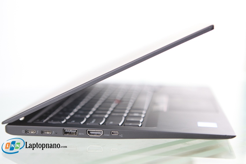 Lenovo ThinkPad X1 Carbon Gen 5-5