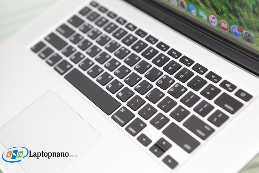 có nên mua laptop cũ xách tay
