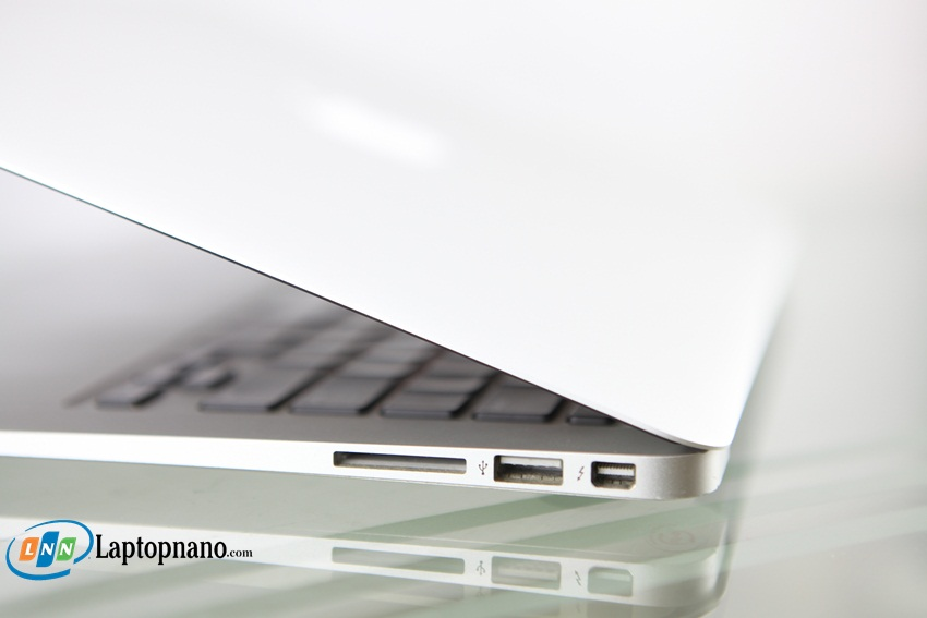 MacBook Air (13-inch, Mid 2012, MD846)