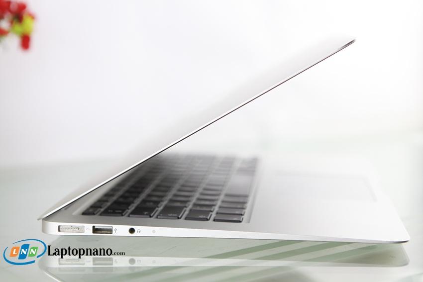 MacBook Air MD846-4