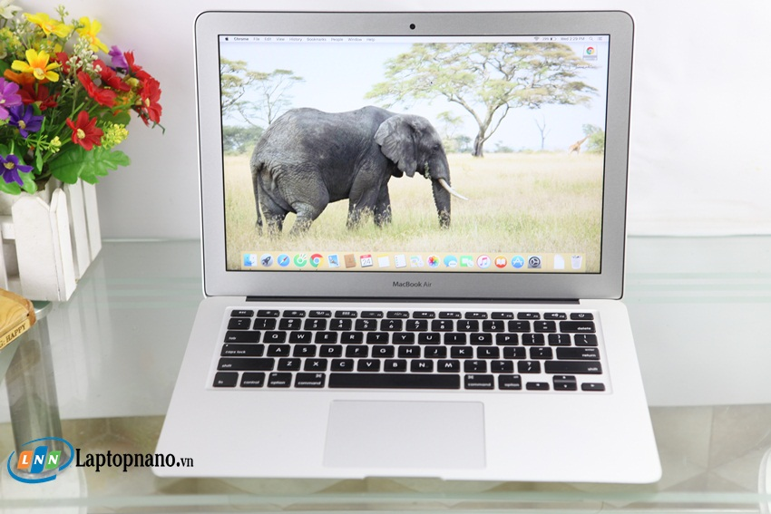MacBook Air MJVE2