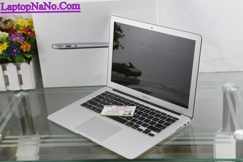 MacBook Air (13-inch, Early 2015, MJVE2)