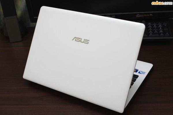 Mách bạn nên mua laptop cũ ở đâu tphcm